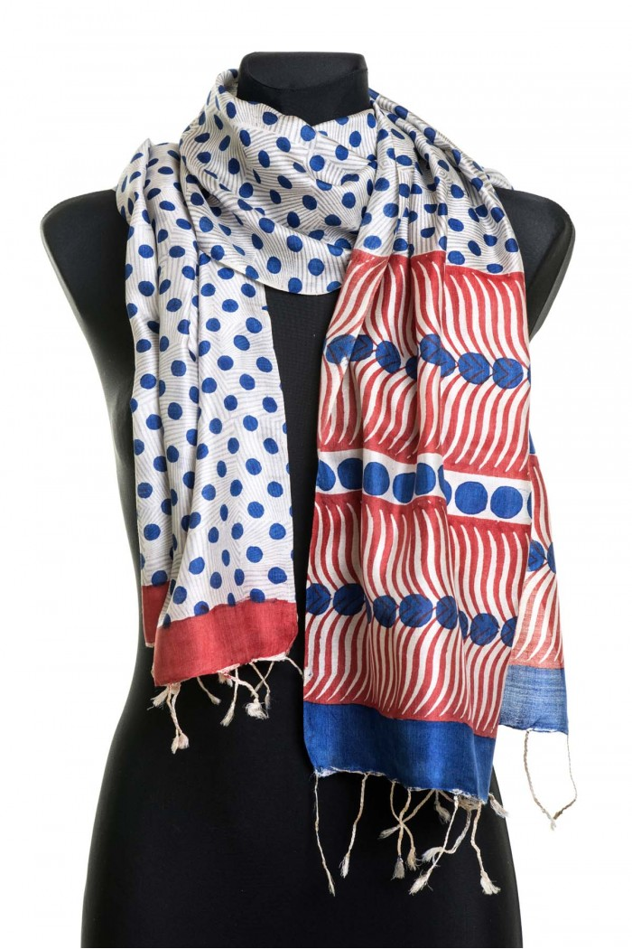 The classic polka dot scarf (100% Silk)